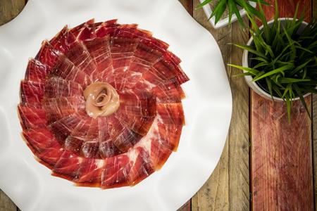 jamón, jamón ibérico, jamón de bellota, cortar jamón, comprar jamón